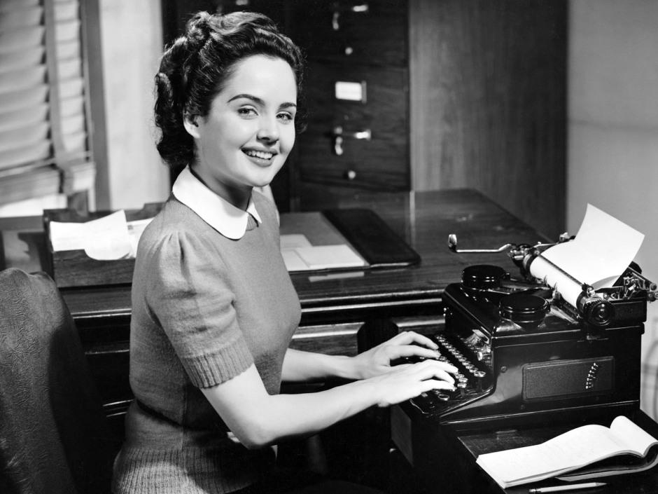 woman-typist